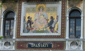 The façade of Plazzo Salviati: an advert for the firm is built in.