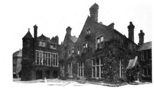 Toynbee Hall in 1902.