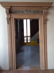 Palazzo Garzoni: a doorway.