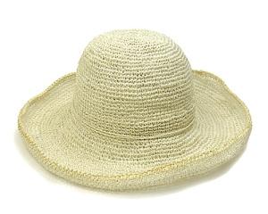 Abacá hat.