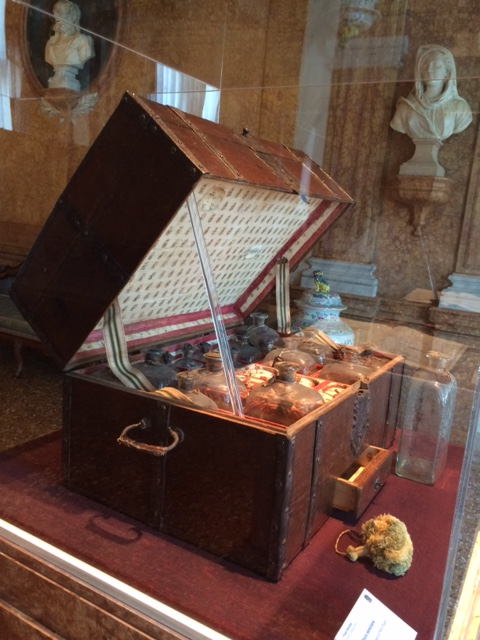 Piero Pisani Moretta's travelling medicine chest.