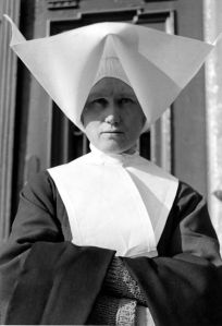 A Polish nun, 1939: this is not a veil!