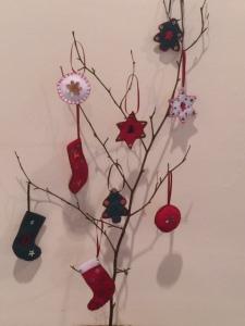 Felt tree ornaments ...