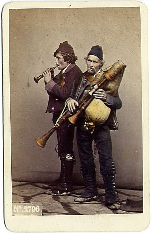 A hand-coloured photograph by Giorgio Sommer (1834–1914).