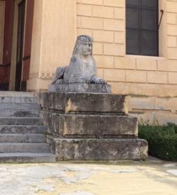 Botanic sphinx