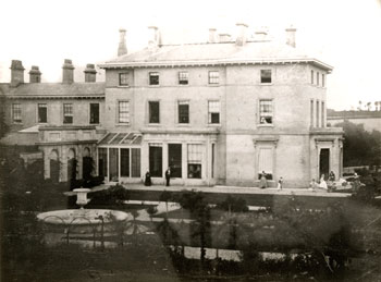 The Lubbock family's country home, High Elms, near Bromley, Kent, in the 1840s.